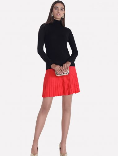 JENADIN // WOMEN'S SHORT PLEATED SKIRT In CORAL