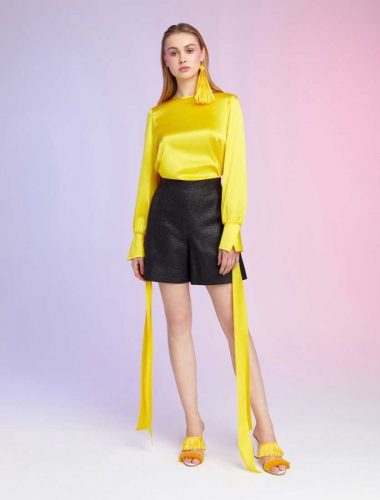 DAFNA MAY // YELLOW SILK BLOUSE WITH BOW AROUND WRIST
