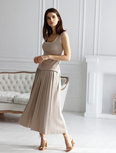 FIORE BIANCO // PLEATED CULOTTES WITH POCKETS In BEIGE