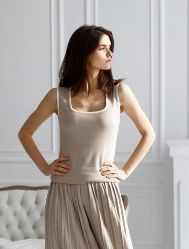 FIORE BIANCO // TANK TOP, BEIGE WITH WHITE TRIM