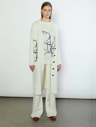 "T.MOSKA // ABSTRACT ""LOVE"" WOOL CARDIGAN In CREAM"