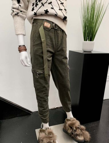 UA TROYKA // KHAKI JOGGER PANTS With PATCH POCKETS